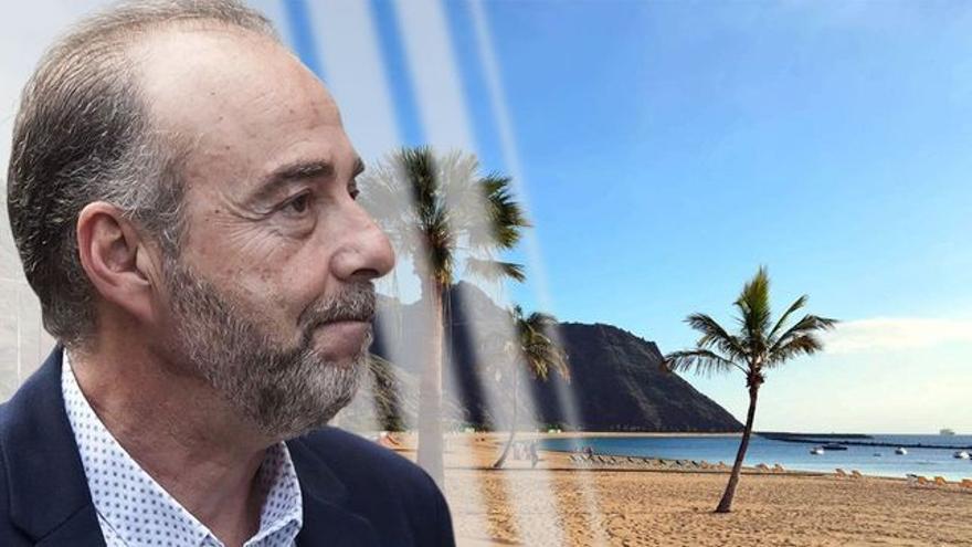 Miguel Zerolo, en un montaje con la playa de Las Teresitas al fondo