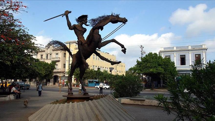 """Un Quijote """"universal"""" interpretado en varias lenguas en Argel"""