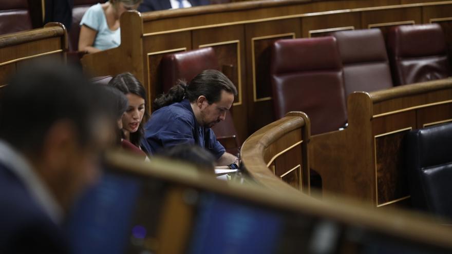 """Iglesias acusa al PP de generar """"escenarios prebélicos"""" y buscar """"situaciones de desgracia"""" el 1-O en Cataluña"""