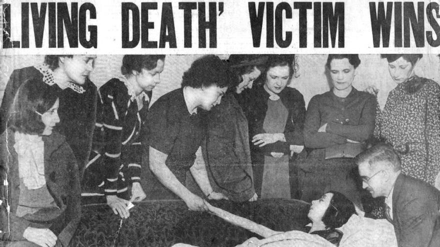 Recorte de periódico de la lucha de las 'Radium Girls'