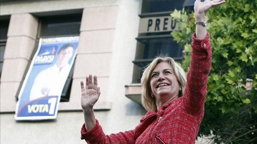 Matthei dice que Chile crecerá más si ella gana las elecciones presidenciales