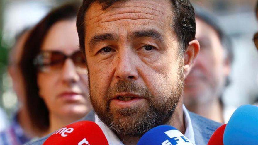 Cs: Rajoy dice que quien la hace la paga, pero no se entera de quien la hace