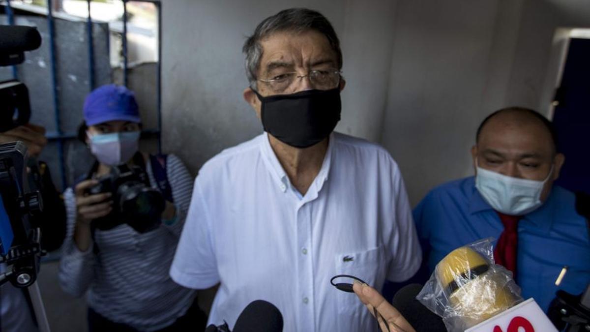 """Sergio Ramírez es acusado en Nicaragua por """"incitar al odio y a la violencia"""""""