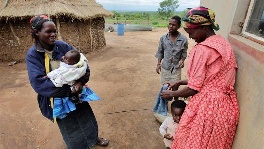 La transmisión del VIH de madres a hijos baja un 50% en los últimos cinco años