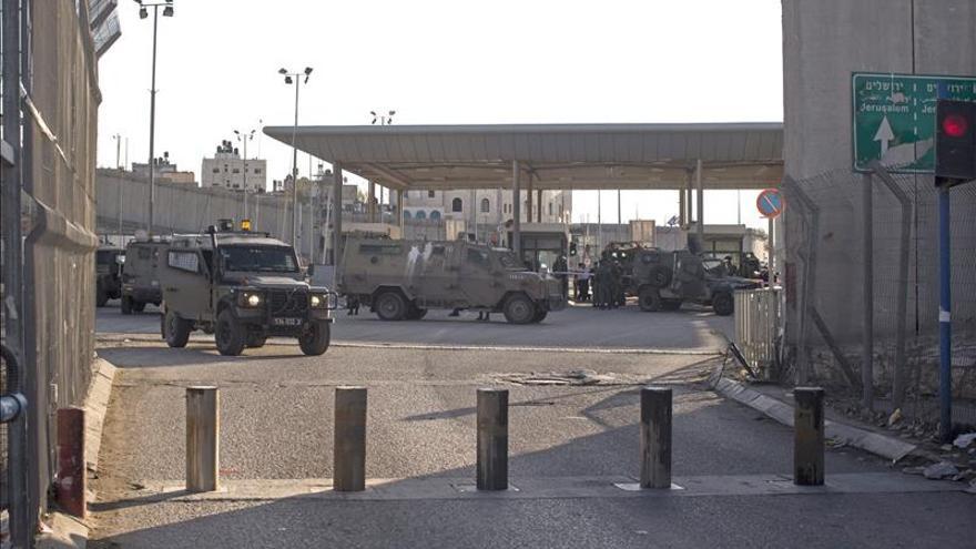 Dos palestinos muertos tras herir a tres junto a la ciudadela de Jerusalén