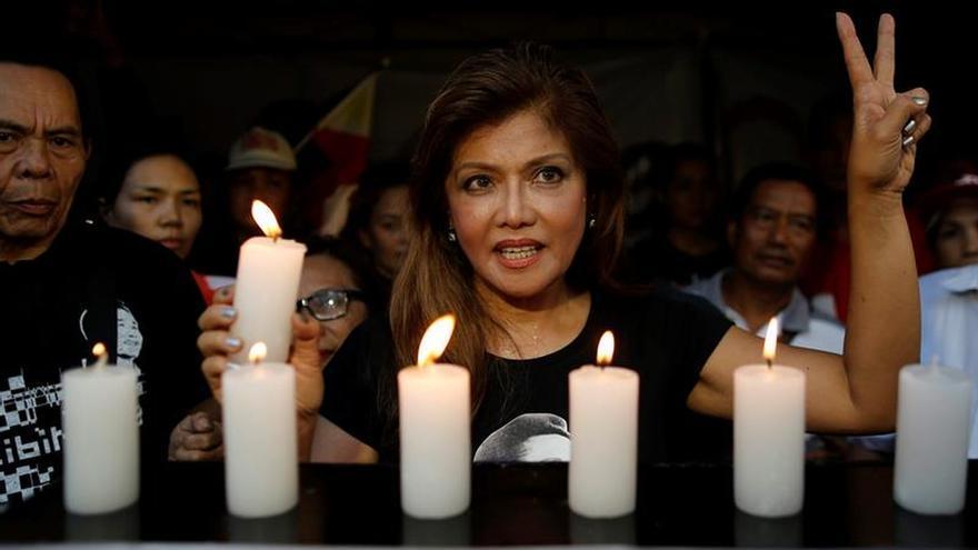 El exdictador filipino Marcos, enterrado junto a héroes en un polémico sepelio