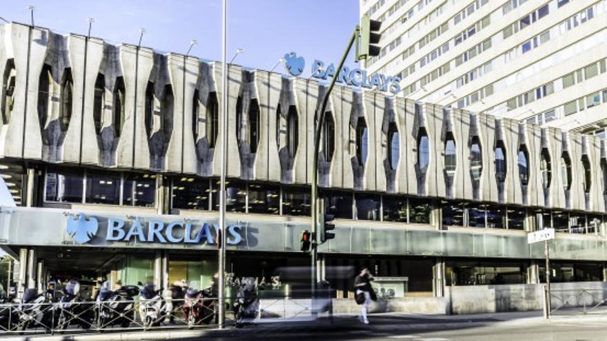 La Fachada Del Edificio Barclays De Colón Que Nadie Quiso Salvar