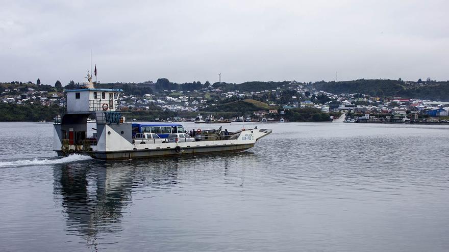 Transbordador entre las islas de Chiloé y Quinchao.