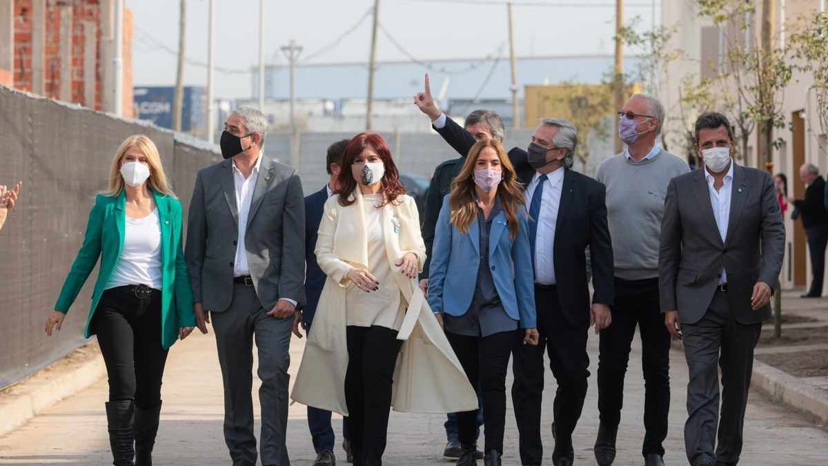 El presidente de Argentina Alberto Fernández y la vicepresidenta Cristina Fernández en un acto de campaña