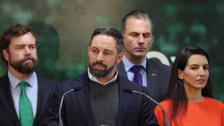 """Abascal invita a PP y Cs a abstenerse y se desentiende de la gobernabilidad: """"No es responsabilidad de Vox"""""""