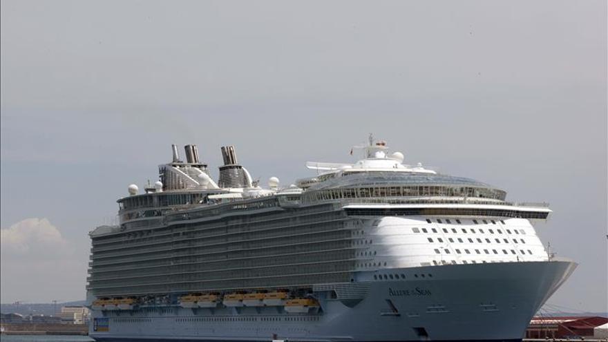 Sube el 142 % los pasajeros españoles en el puerto de Palma
