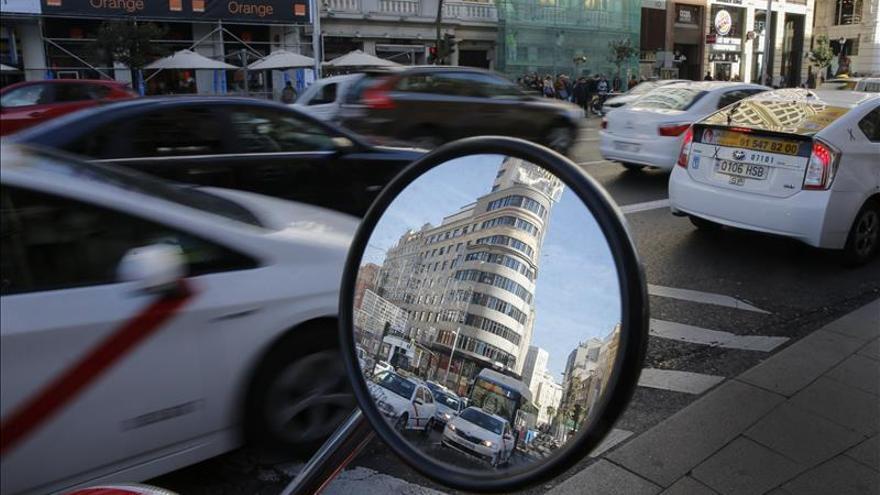 El Ayuntamiento de Madrid limitará mañana la velocidad en los accesos si sigue la polución