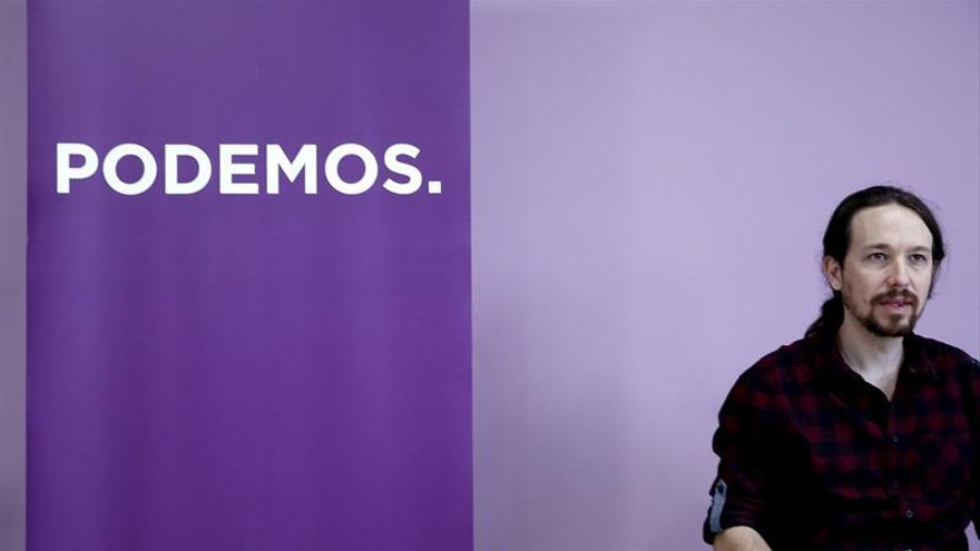 """Iglesias se pregunta """"qué bebe"""" Susana Díaz para comparar a Podemos con Trump"""