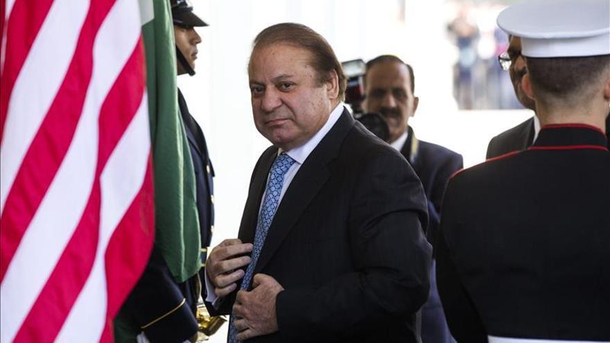 Islamabad dice tras las críticas del Ejército que la seguridad es una tarea conjunta