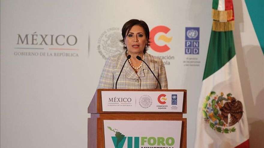 Ministros latinoamericanos se comprometen en México a reducir la pobreza