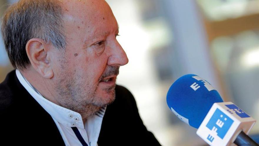 Societat Civil llama a 'comunes' a un frente unitario contra la independencia