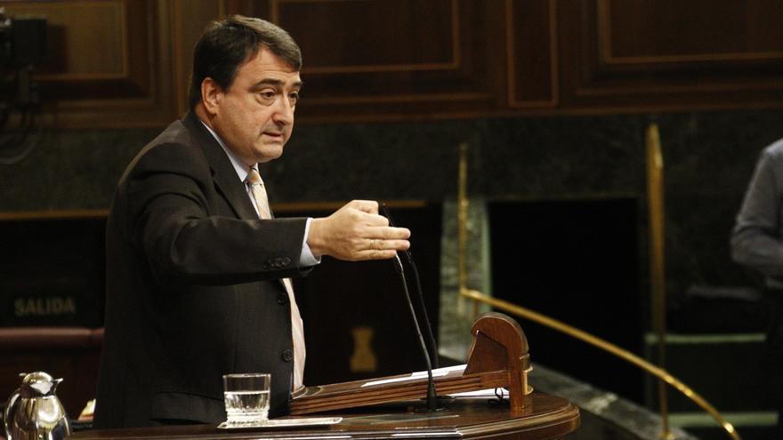 """Esteban (PNV) cree """"lamentable"""" que el Congreso impida la celebración del acto de víctimas de ETA y los GAL"""