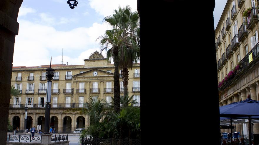 Plaza Nueva desde los soportales.