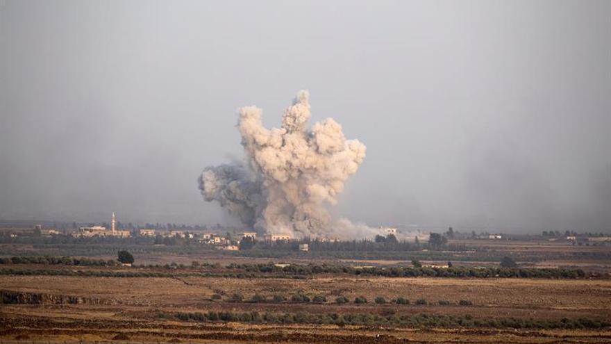 El EI secuestra a 130 familias en un contraataque en el este de Siria, dice una ONG