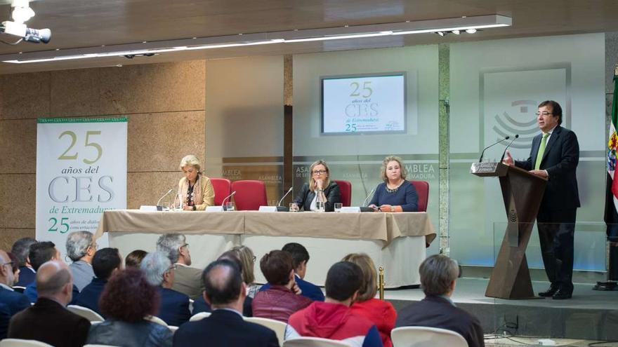 Fernández Vara Consejo Economico Social Extremadura