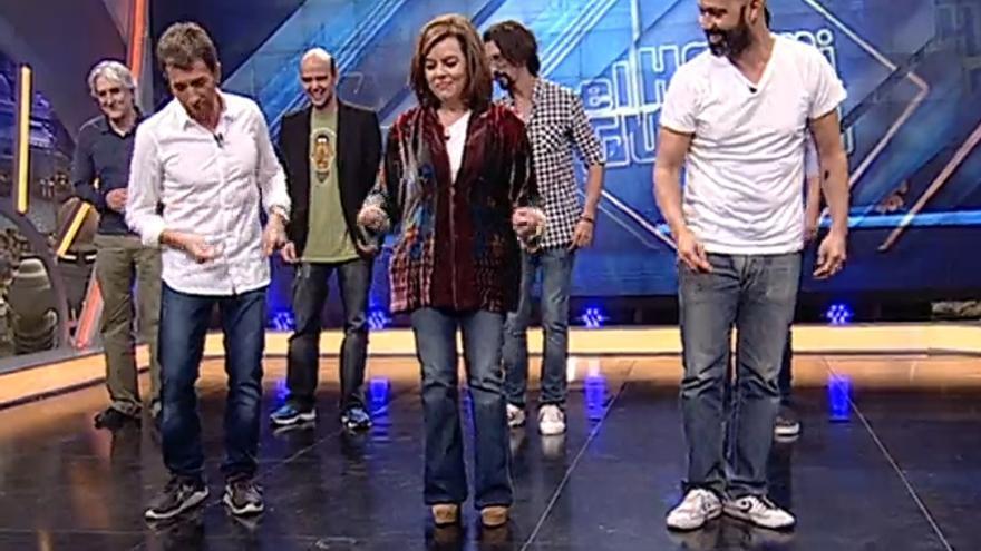 Soraya Sáenz de Santamaría baila en El Hormiguero