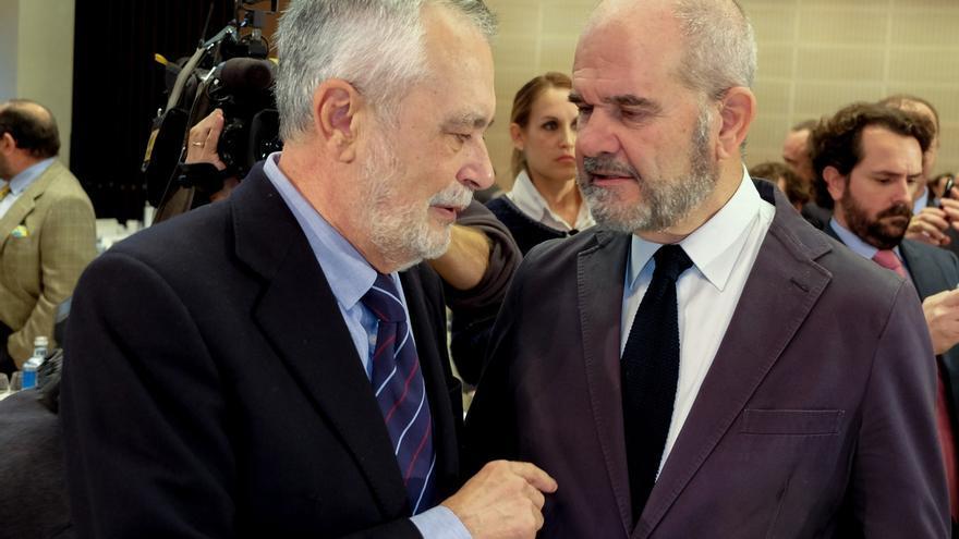 Griñán y Chaves reaparecen en un acto público con motivo de una conferencia de Felipe González en Sevilla