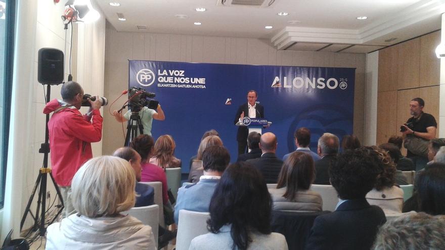 """Alonso pide el voto al PP para """"defender la convivencia en Euskadi y llevar la voz de la calle al Parlamento"""""""