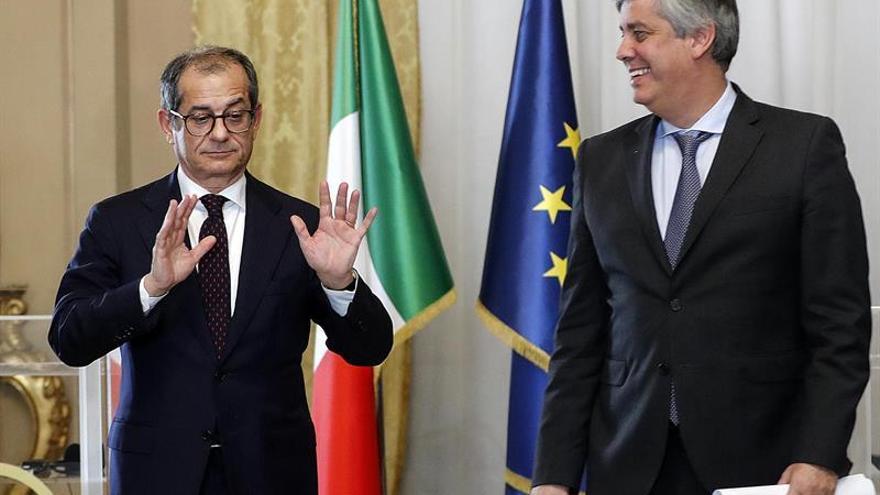 """Italia defenderá """"los pilares"""" de sus cuentas y rechaza una corrección """"suicida"""""""