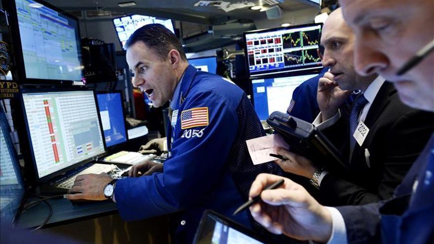 Wall Street abre a la baja y el Dow Jones pierde un 0,10 por ciento