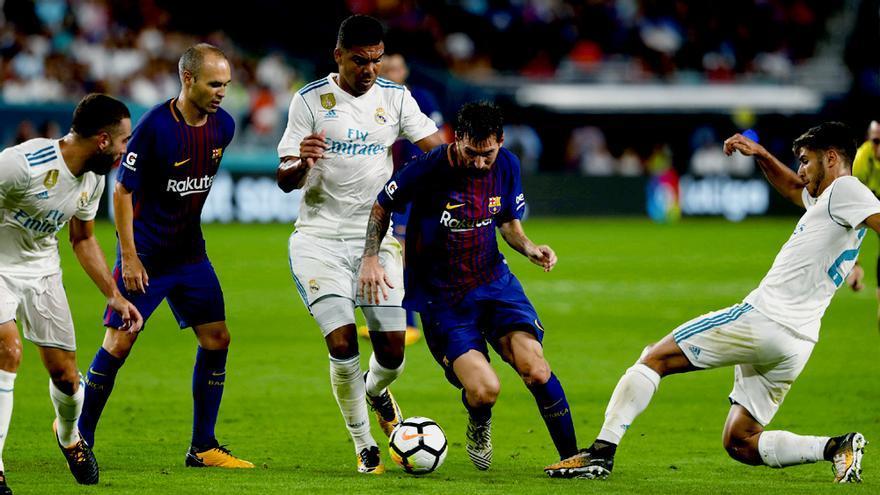 Lionel Messi durante el Real Madrid-Barcelona disputado el 30/07/17