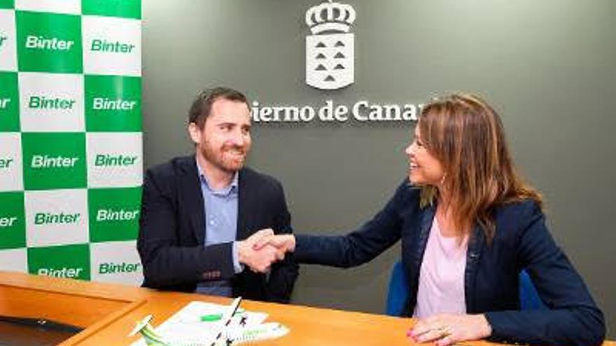 Isaac Castellano y Noelia Curbelo.