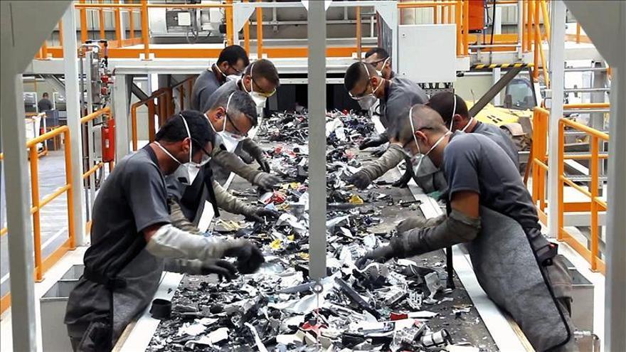 España se enfrenta al reto de reciclar el 50 % de sus residuos domésticos