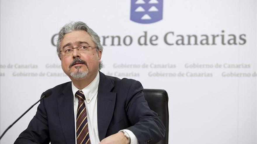 """Canarias dice que no cederá """"ni un centimetro"""" en la controversia con el Estado por las prospecciones"""