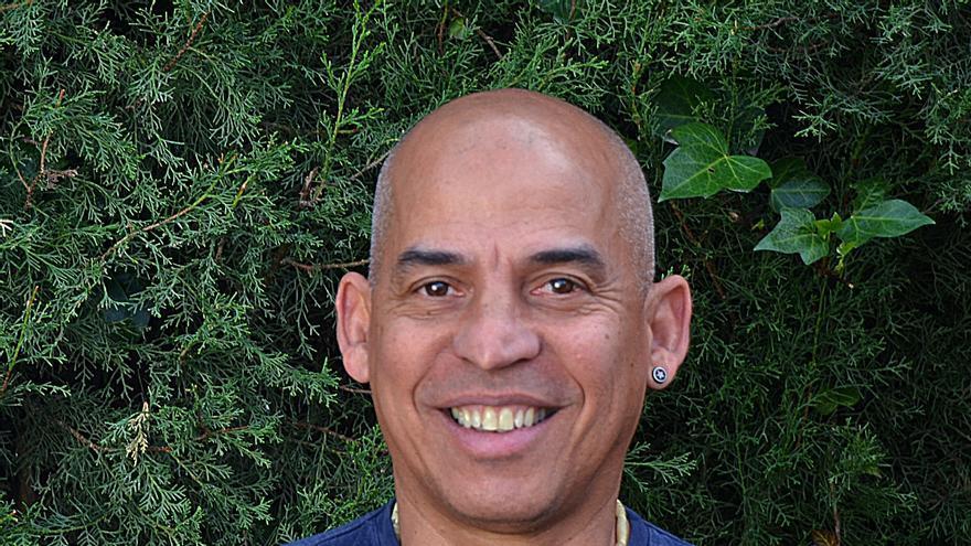 El artista cubano Justo Salas. | Foto cedida.