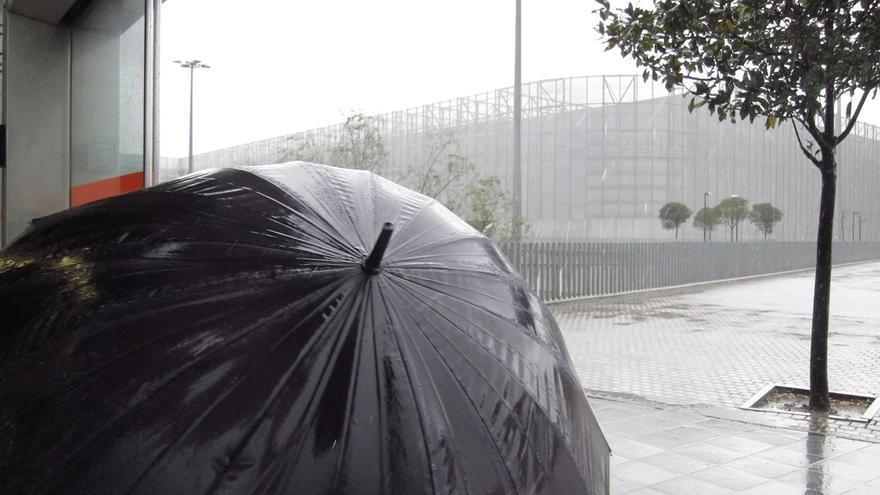 Euskadi en aviso amarillo por precipitaciones intensas hasta las doce de la noche del sábado
