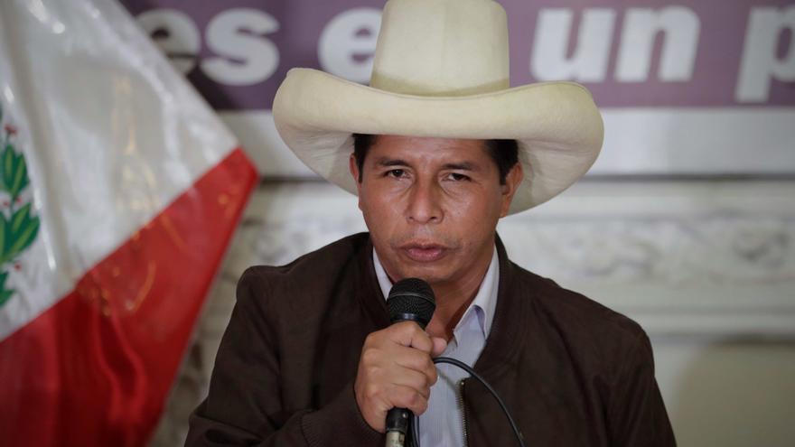 Corte peruana revoca anulación de condenas a fundador del partido de Castillo
