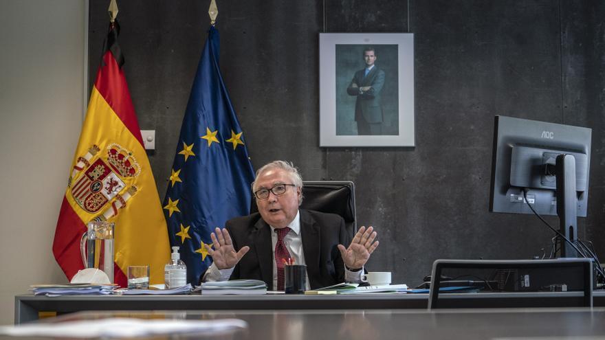Manuel Castells: La derecha ha perdido un poder que siempre creyó que era suyo y no lo va a recuperar en mucho tiempo