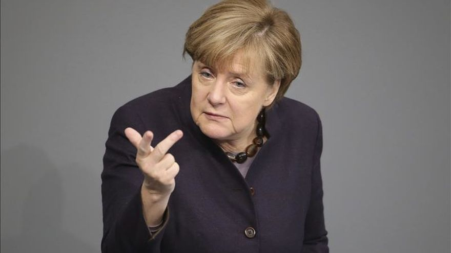 Merkel llama a evitar una nueva escalada en el conflicto tras el derribo de un caza ruso