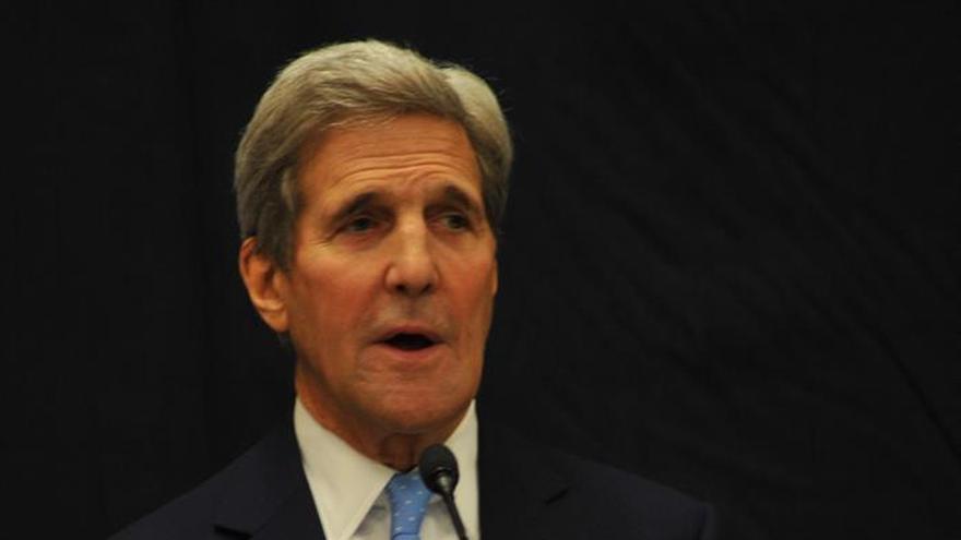 Kerry se reúne con el ministro de Exteriores saudí para tratar los ataques suicidas