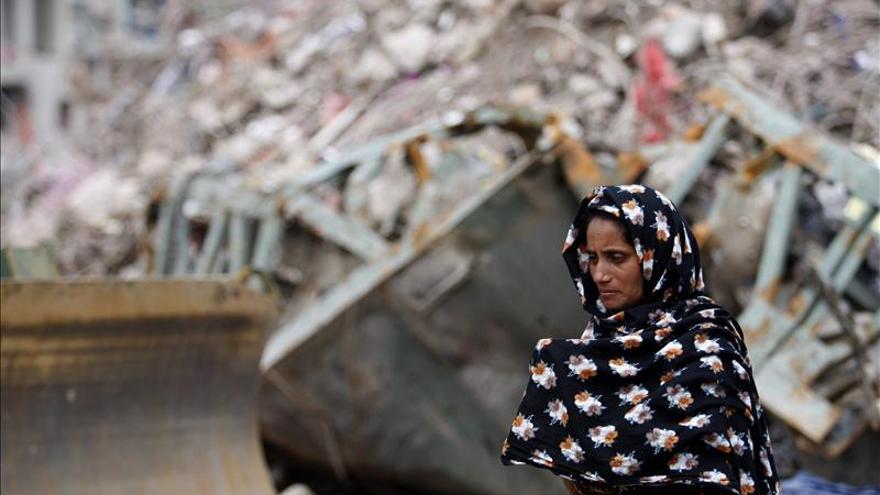 Bangladesh crea una comisión para subir el salario a los trabajadores del textil
