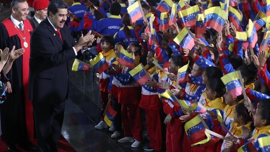 """EE.UU. no reconoce la """"toma de posesión ilegítima"""" del """"dictador"""" Maduro"""