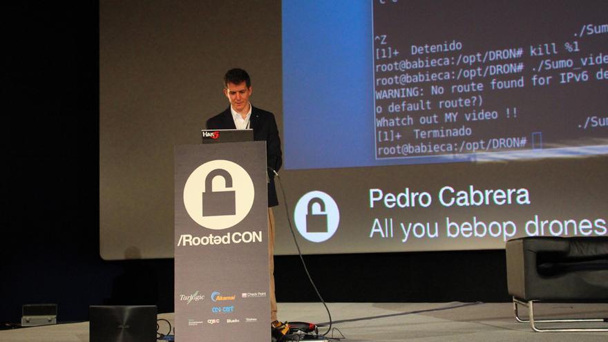 Pedro Cabrera ha criticado los fallos de seguridad de los drones Parrot