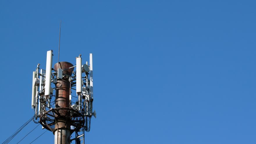 Las antenas de telefonía saben muchas cosas sobre nosotros y pronto se las contarán al INE