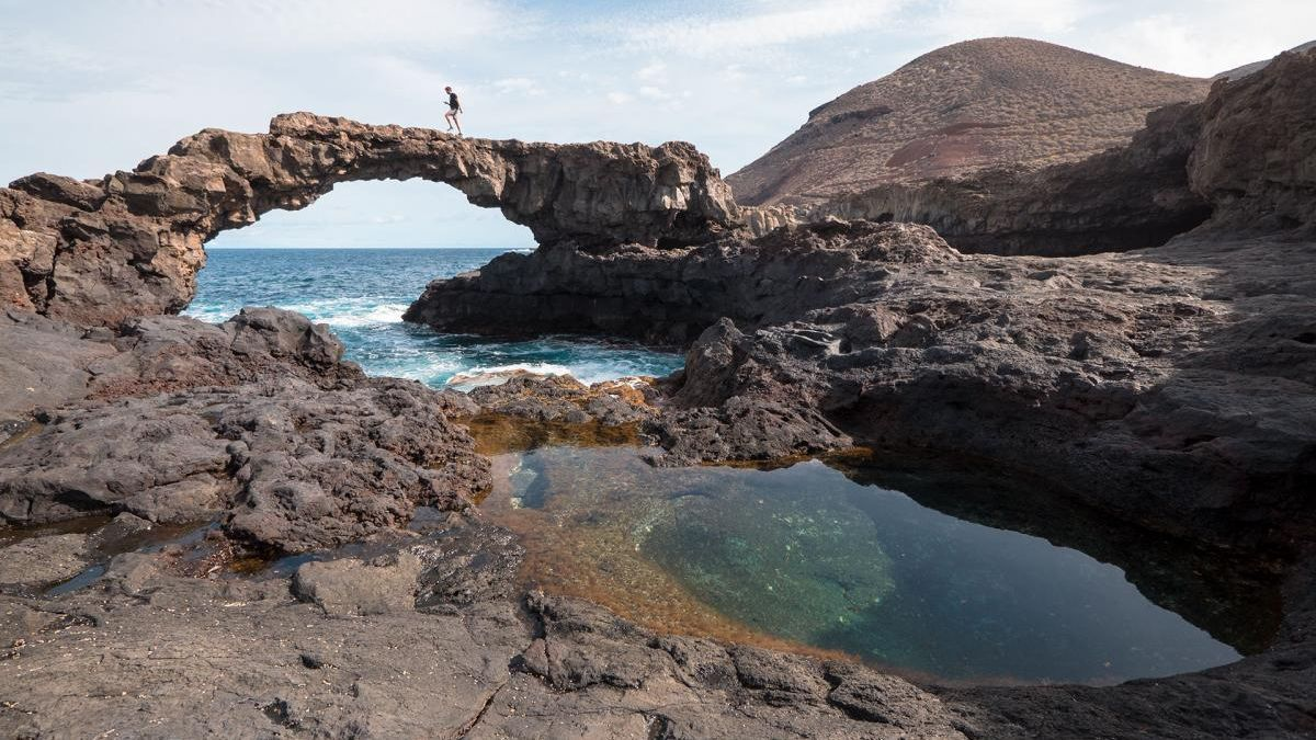 Charco natural de marea en El Hierro.