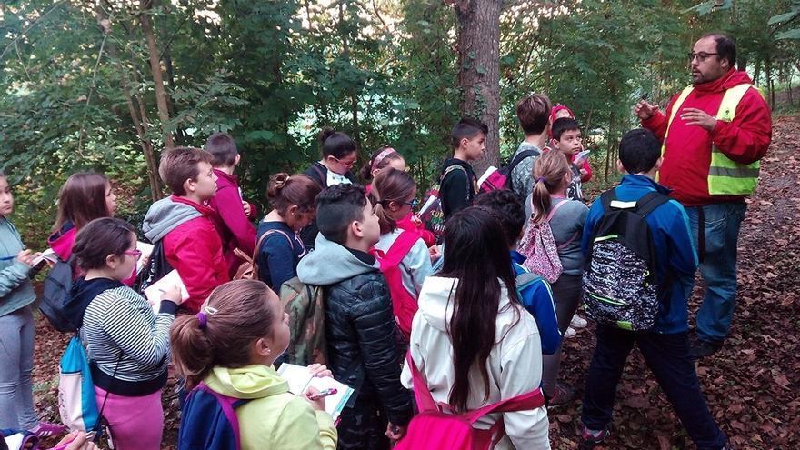 Arranca la campaña escolar en el Arboreto de Liendo, por la que pasarán 500 alumnos de diez colegios