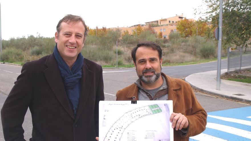 Aurelio San Emeterio y Javier Mateo (IU Toledo) presentan huertos urbanos