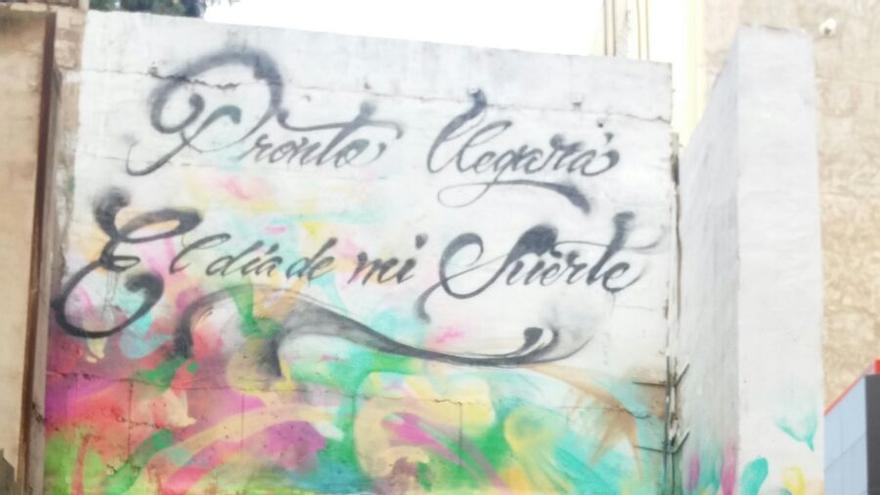 Graffiti Hector Lavoe en el Teatro Circo Murcia