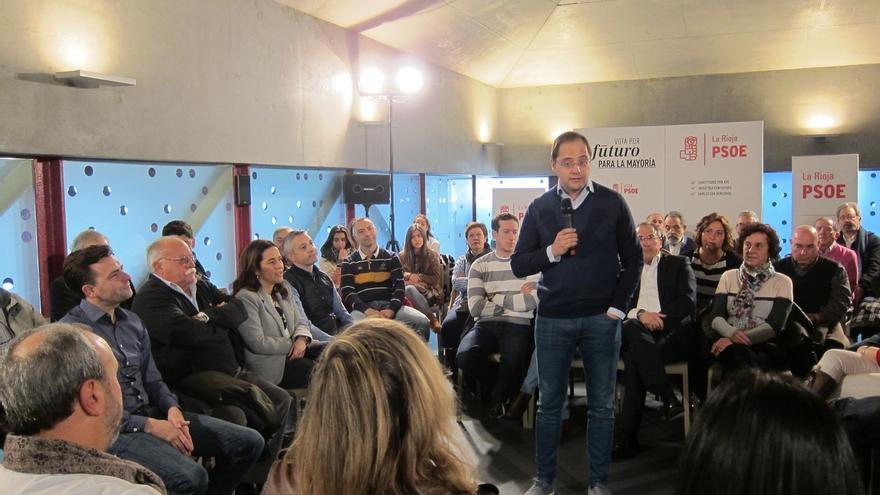 """Luena critica que """"quien ha puesto en riesgo el sistema público de pensiones no puede defenderlo"""""""