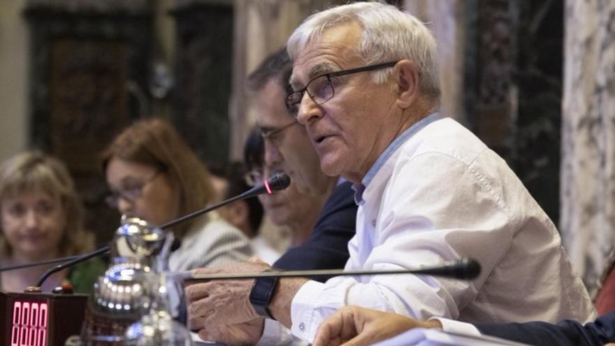 Joan Ribó, durante el pleno del Ayuntamiento de València