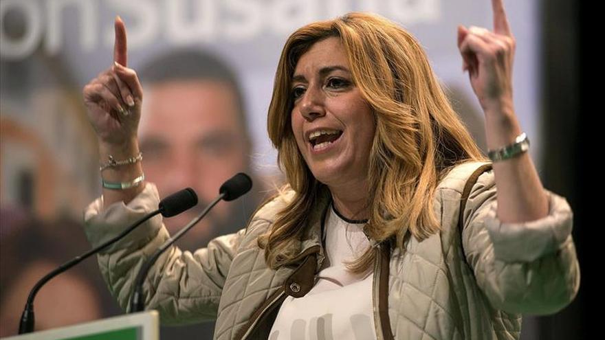 Díaz dice que en Andalucía no harán negocio con la Sanidad como en otros lugares